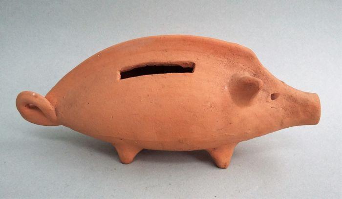 Waarom heeft een spaarpot vaak de vorm van een varken?